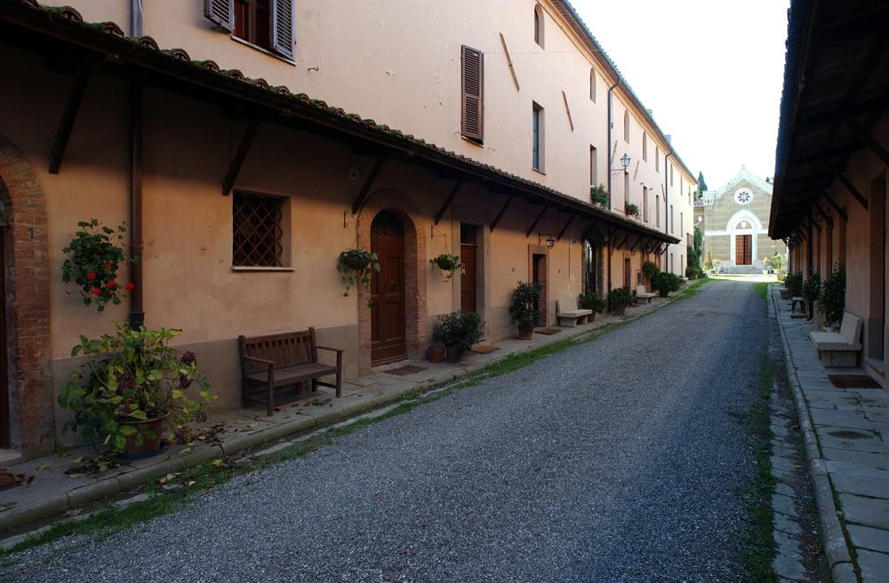 Castello di montorio musei di maremma for Piccola fattoria moderna